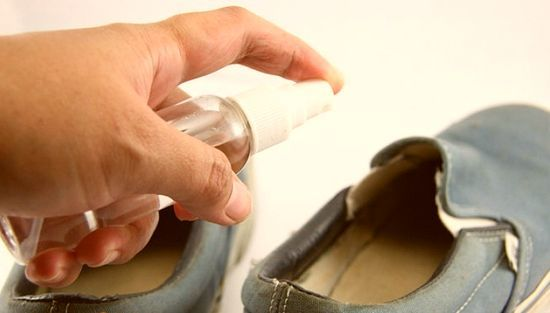 Как продезинфицировать обувь от грибка в домашних условиях